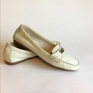 Coach White Leather Loafers Flats size 6.5B
